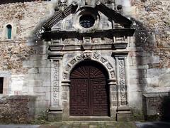 Puerta / Door (Rafa Gallegos) Tags: door espaa church spain puerta iglesia igreja cantabria igrexa renedo