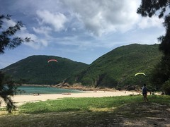 Flew 3 times today. That was just amazing. at this beautiful spot in Sai Kung. White sand beach. Turquoise water. And great weather for flying. Great day. #paragliding #hongkong #discoverhongkong