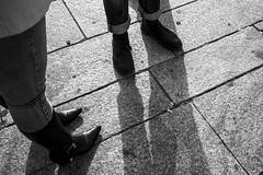 Pelas Ruas - Milo, Italia (Luis Ritter - Pelos Palcos e Ruas) Tags: blackandwhite italia milano streetphotographer magnumphotos milao pelasruas fotografiapretoebranco espaco422 duopofotografia pelospalcoseruas luisritter