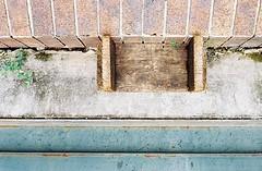 Thong Lo - Bangkok (35mm) (jcbkk1956) Tags: street wood abstract brick texture film wall analog 35mm thailand concrete bangkok manual stool carlzeiss kodacolor200 thonglo contaxrts 45mmf28