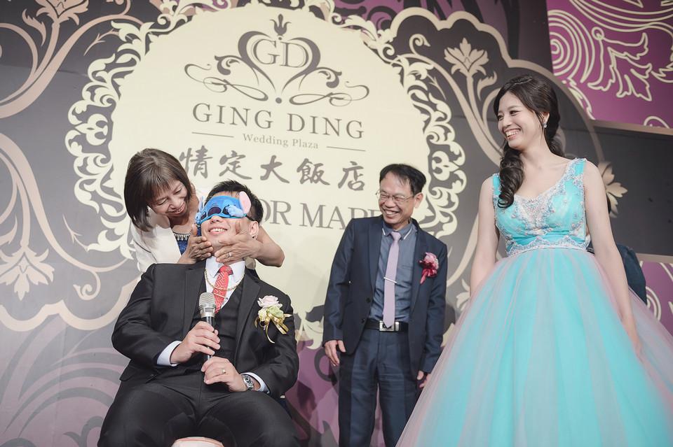 婚禮攝影-台南情定婚宴城堡永康館-73