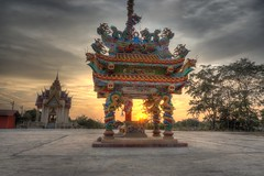 Chinese ancestral shrine (Bartholomew K Poonsiri) Tags: sunset architecture thailand evening shrine asia southeastasia dragon dusk sony pillar chinese altar thai hdr lightroom photomatix a6000 sonyepz1650mmf3556oss sonyilce6000