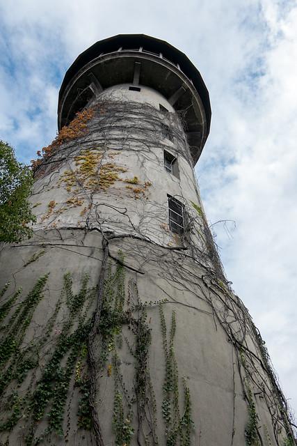 水の塔 03