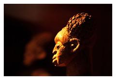 quai Branly 1 (Marie Hacene) Tags: paris statue muse afrique quaibranly