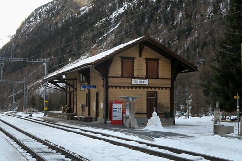 Spinas - RhB Station