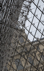 Complex structure of the Pyramid at The Louvre (YT Chieng) Tags: paris pyramid louvre