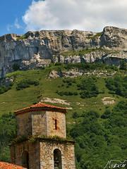 Cerca del cielo (Alfer520) Tags: espaa paisajes naturaleza mountain nature landscapes spain torre iglesia montaa burgos castillayleon anzo merindades valledemena alfer520