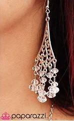 5th Avenue White Earrings K1 P5610A-3