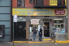 Yonah Shimmel Knish Bakery (joseph a) Tags: newyorkcity newyork manhattan lowereastside bakery knish yonahshimmel yonahshimmelknishbakery