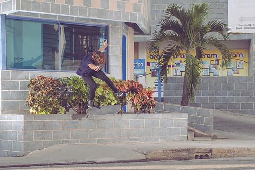 Roberto Llinas - Flip back tail