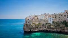 Polignano a Mare - Pouilles - Italie (L.M...) Tags: blue sea mer soleil italia mare vert corniche plage puglia italie polignano pouilles