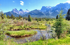 Three Sisters Mountain, Alberta, Canada - ICE(5)461-472 (photos by Bob V) Tags: panorama mountains rockies alberta banff rockymountains mountainlake albertacanada banffnationalpark canadianrockies banffpark threesistersmountain mountainpanorama