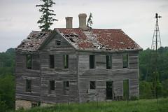 IMG_0136 (sabbath927) Tags: old building broken scary empty haunted creepy used abandon haloween tired worn fallingapart unused lonley souless