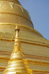 IMGP6624 (Montre ce qu'il voit!) Tags: colors landscape gold golden julien asia pentax couleurs yangon burma religion buddhism myanmar asie mm paysage budda vidal k5 birmanie boudhisme myanmarbirmanie yangonregion