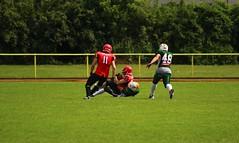 __IMG_8418 (blood.berlin) Tags: family fun coach referee team banner virgin magdeburg return qb win guards touchdown bulldogs tackle americanfootball punt fieldgoal spandau bulldogge gameball