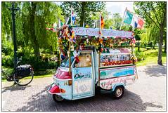 Zaanse Schans buurt super? (voorhammr) Tags: gras zon zaanseschans zaandam molens 2016 vakwerk huisjes blauwelucht jolandakraus