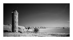Mond ber Kap Arkona (Knipsbildchenknipser) Tags: bw monochrome landscape ir sw schwarzweiss rgen blackandwithe kaparkona