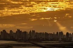 Ocaso - Sunset in Panama (Bernai Velarde-Light Seeker) Tags: ocaso atardecer panama sunset bernai velarde city central centro america edificios buildings apartments apartamentos sea mar lowtide mareabaja ocean pacific pacifico