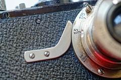 Blocco all'infinito (fotocamere storiche) Tags: leica leicai leitz wetzlar elmar oskarbarnak fotocamerestoriche fotografiaanalogica fotocamere collezionismofotografico cameracollector camerapedia camera