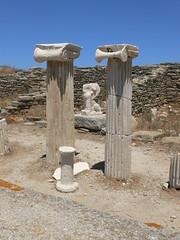 P1280537 (Cinzia, aka microtip) Tags: delos cicladi grecia archeology antichit archaelogy island unescoworldheritagesite mithology sanctuary ancientgreece