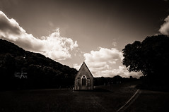 Chapel (CAr Photographies) Tags: chapel chapelle car carphotography cdric carphotographies cdricarenne cedricarenne nikon nikond90 nb bw blackandwhite noiretblanc paysage landscape