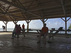 Shade & Surf - Hanalei Pier (RandyKrauch) Tags: hanaleipier
