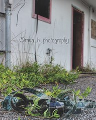 Fin (resa_b) Tags: abandoned abandonedplaces decay lostplaces abandonedamerica abandonedearth kentucky drivein film perspective upclose old boardedup grime oldfilm