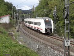 449 (firedmanager) Tags: train tren 449 caf mitsubishi regional ferrocarril renfe trena gipuzkoa viajeros automotor besugo railtransport mediadistancia renfeoperadora