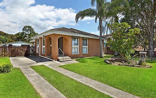 2 Clare Cr, Berkeley Vale NSW 2261