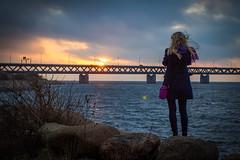 Sunset at resund Bridge (Hkan Dahlstrm) Tags: bridge people photography se skne sweden dusk sverige bro uncropped malm bron resund f40 2014 resund broen resundsbron limhamn ef1740mmf4lusm skneln canoneos100d sek 4514122014150909