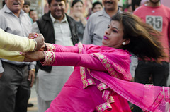 sakhi-bekhi doing a kikli (Aman.dhanoa) Tags: road pink india public hair dance cross suit flowing punjab dresser krishna hindu crossdresser yatra rath jagannath ludhiana sakhi rathyatra kikli bekhi  amandhanoa jagannathyatraludhiana