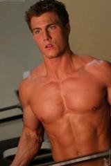 sftrjus (davidjdowning) Tags: men muscles muscle muscular bodybuilding buff bodybuilder biceps