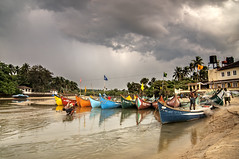 Fishing Boats at Baga, Goa, India (Anoop Negi) Tags: india seascape tourism sol water clouds river boats photography hotel boat photo fishing do goa indie anoop indien boatman baga inde negi fishery boatmen baia   ndia   ezee123  intia  n boatscape        ndia n indi