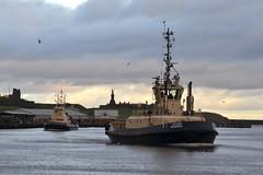 Svitzer Redbridge+Forth Tyne 171214 (silvermop) Tags: sea port river boats ship ships tyne forth tugs tugboats svitzerredbridge