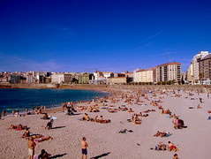 Azul Coruña (tunante80) Tags: españa praia faro mar spain coruña playa paseo galicia galiza estadio atlantico deportivo maritimo riazor torredehercules orzan crunia