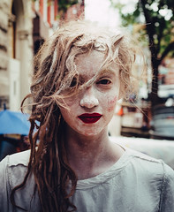 Ellen Turrietta (a.k.a. Ginger Mama), New York (Adam Billyeald) Tags: street red portrait usa white newyork color art intense exterior performance free lipstick loose babypowder sonyrx1