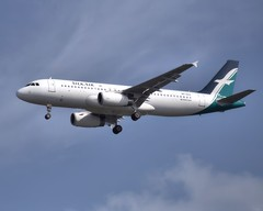 9V-SLS | Airbus A320-233 | SilkAir (jANgsg) Tags: singapore cloudy sin blueskies wsss silkair cias airbusa320233 cn5794 9vsls
