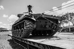 Museu - Blindado (vinicius.vieira89) Tags: museum war arm air guerra cannon artillery anti armored tanque antiaircraft exrcito blindado