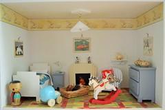 Lapin House - child's bedroom (shero6820) Tags: old vintage toys homemade kokeshi dollhouse dollshouse treen