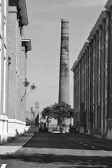 Chimenea (itslour) Tags: chimney heritage industrial factory perspective perspectiva cigarettes malaga bwphotography chimenea blanconegro tabacalera pasadoindustrial