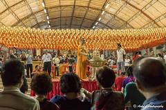 IMG_7777 (ydnA uaL) Tags: day pray monk bless vesak