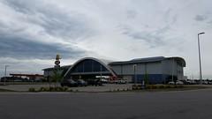 World's largest McDonald's. Oklahoma. (Adventurer Dustin Holmes) Tags: oklahoma restaurant fastfood restaurants mcdonalds i44 2016 interstate44 willrogersturnpike vinitaok vinitaoklahoma mcdonaldsserviceplaza willrogersarchway