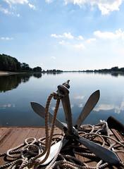 Anker (j.aalto) Tags: wasser fluss elbe anker spiegelungen