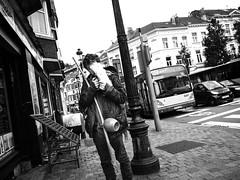 Gens dans la rue #2 (magoguizzo) Tags: belgium belgique rue strada stree cigarette sigaretta