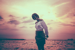 Float with me (a_gonzalvo) Tags: manila bay float sea ocean philippines selina bhang purple violet candy skies off shoulder crop top skirt girl girls boat ishootcanon canon 50mm eos f14 canonph angela gonzalvo portfolio editorial sceneic landscape