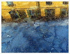 il naviglio martesana... ghiacciato (only.... the best) Tags: paolojeranphotographer navigliomartesana acqua ice ghiaccio riflessi reflections building colors architecture milano