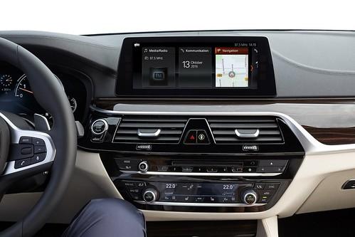 BMW 5-Series G30 2017