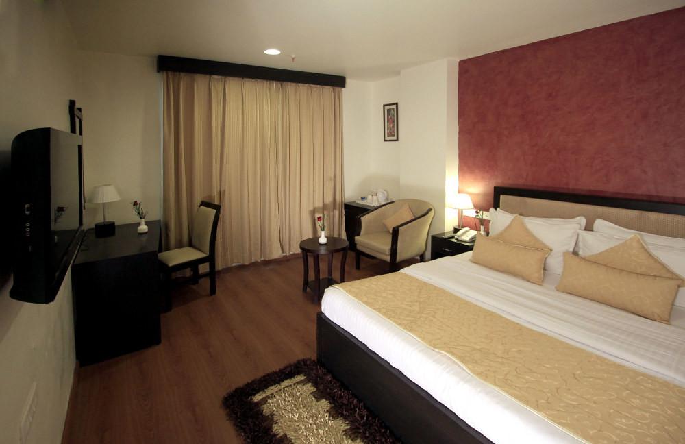 Clarks Inn Hotel Delhi Hotel Clarks Inn Suites Delhi