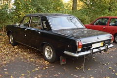 GAZ-2401 Wolga (GermanGMC) Tags: old autumn black berlin classic car sedan vintage 1974 rear herbst gaz plate petersburg license oldtimer russian timer 78 74 sankt tegel wolga berlintegel