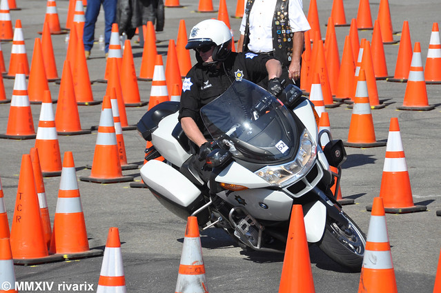 cops lawenforcement policeman sanfranciscocalifornia policeofficer motorofficer r1200rtp policerodeo fresnopolicedepartment bmwpolicemotorcycle policemotorcompetition sfpdmotorcycletrainingandexhibition